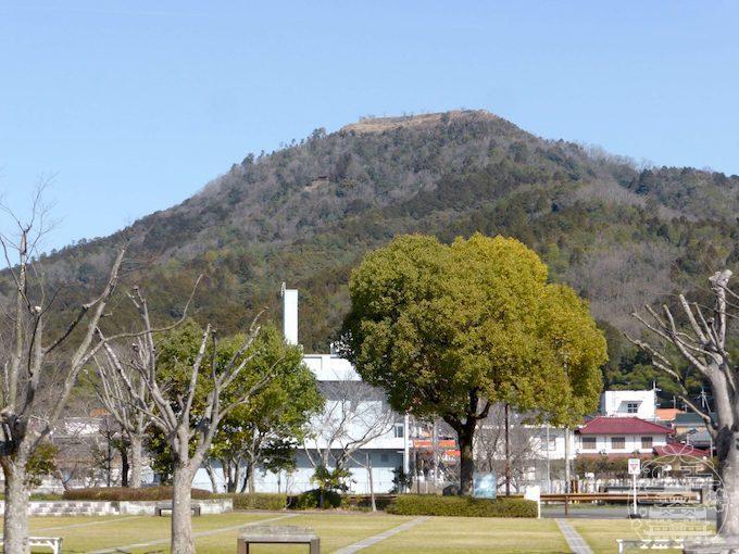 黒井城(遠景)